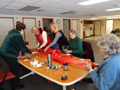 Vial of Life Committee prepares the reminder ribbons for Town light pole display - Jan 2019